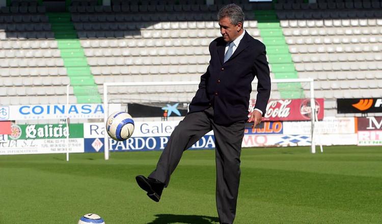 Minuto De Silencio En Memoria De Isidro Silveira Acgfutbol